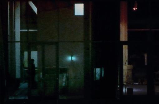 ガラスの部屋.jpg